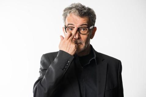 Antonio Vico interpreta a FER